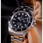 Rolex Submariner Date 40mm Steel